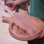 gitar yang bagus