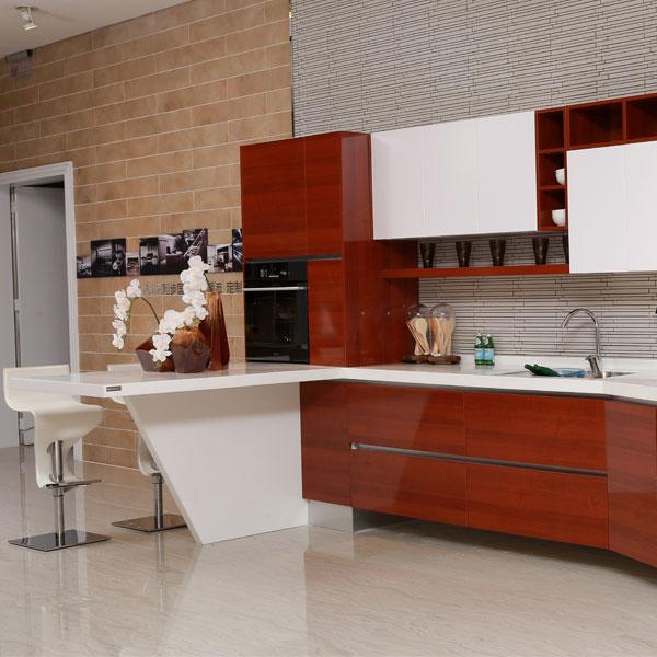 kabinet dapur dengan hpl