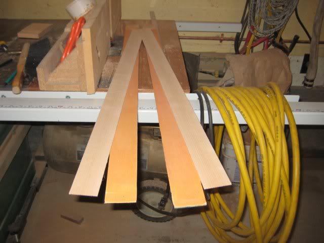lapisan kayu