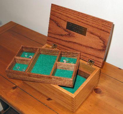 kotak perhiasan kayu tua dengan lem kayu untuk finger joint terbaik