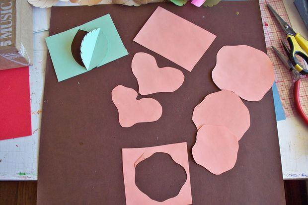 langkah-langkah membuat bunga kertas 1