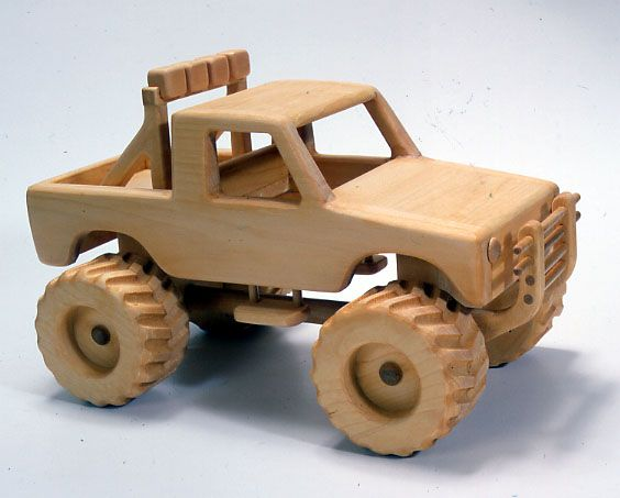 mainan mobil kayu